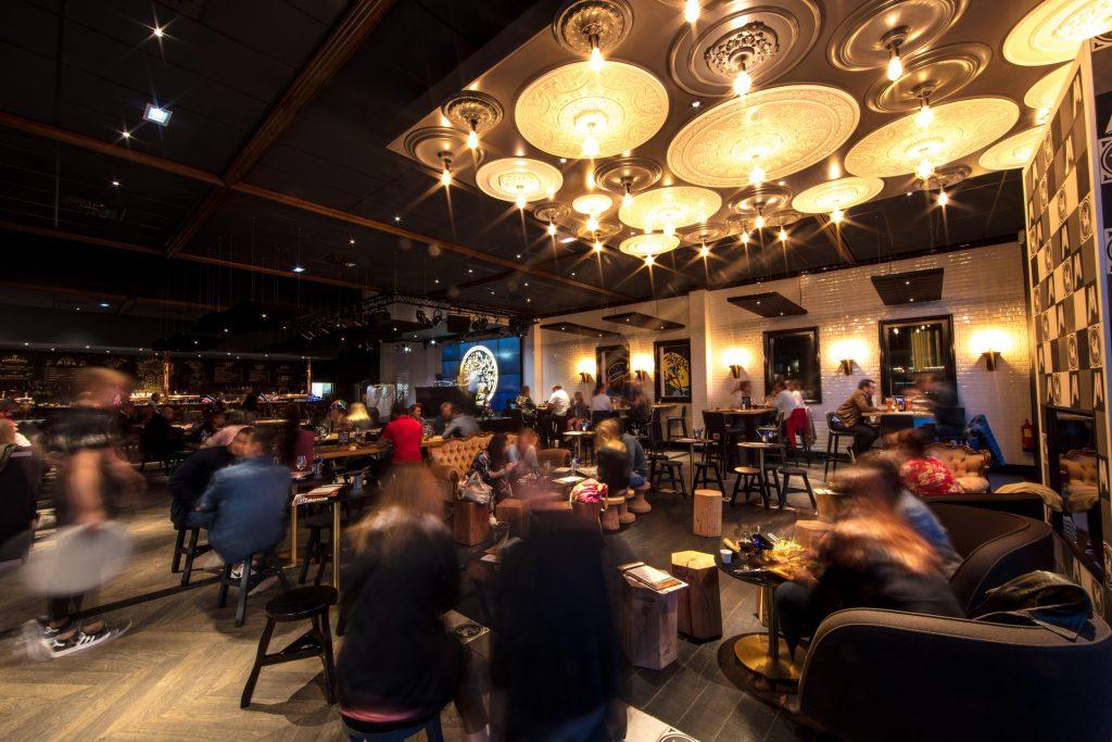 Mira restaurant cuisine circuit court